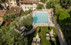 Residence con piscina sul lago di Garda: la vacanza in settembre