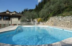 Residence con piscina sul lago di Garda: il valore aggiunto